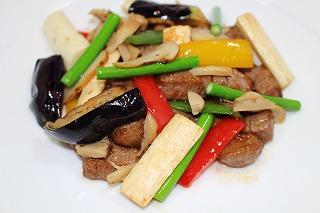 松茸と牛フィレ肉の炒め